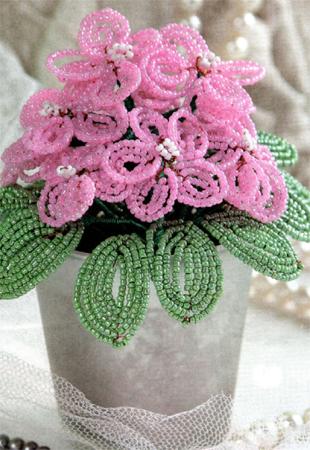 Бісероплетіння. Квіти фіалки