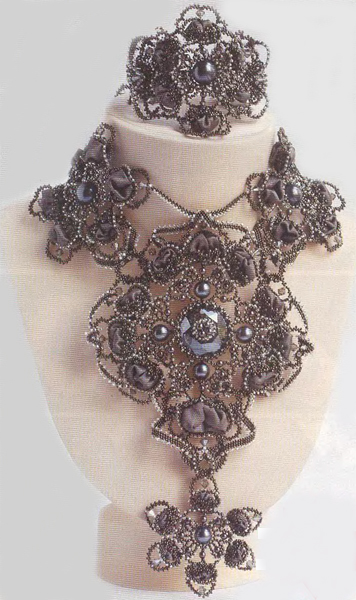 Master class beaded necklace Thais