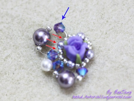 Bracelet with roses