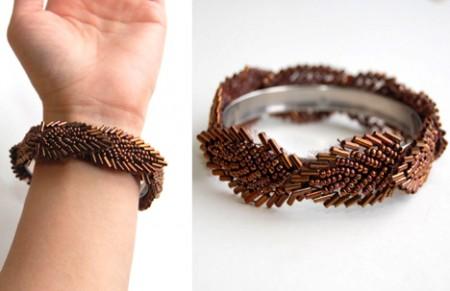 Beaded bracelet on a metal base