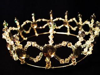Crown beaded