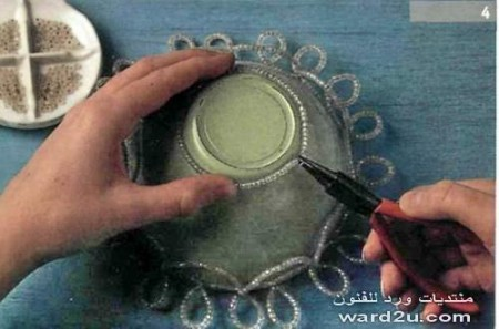 Оплетание стеклянной чаши бисером