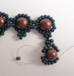Surround bracelet