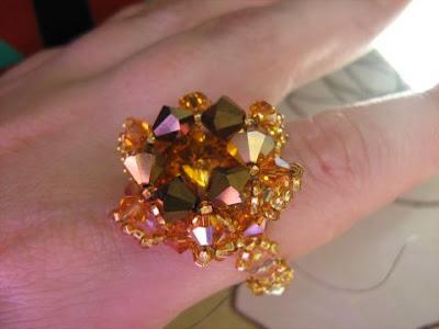 Красивый перстень из риволи