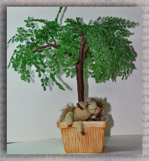 Акация.Дерево из бисера.