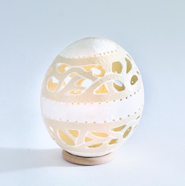 Майстер-клас: Ажурна лампа з яйця