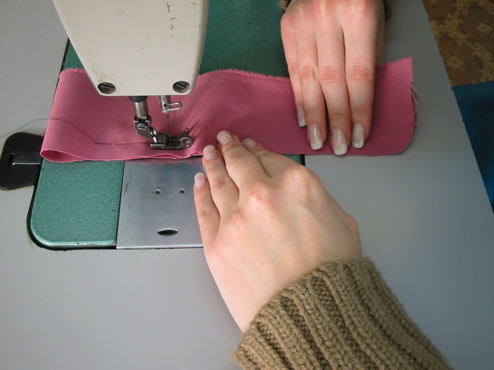 MACHINE WORK: Exercises to consolidate knowledge and skills in the training of seamstresses and tailors