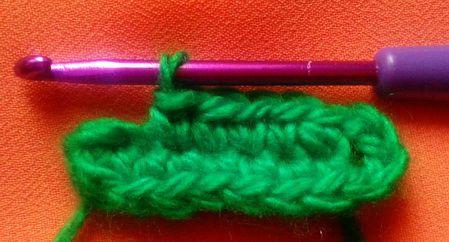 Crochet a classic leaf crochet